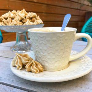 Meringues au café